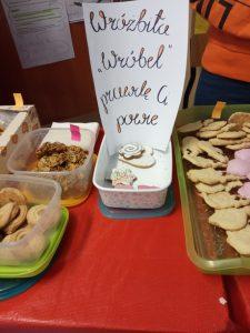 Andrzejkowy Kiermasz ciasteczek z wróżbą